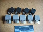 9 GENUINE FORD MONDEO MK4 2008-2011  RELAYS FROM THE ENGINE BAY FUSE BOX